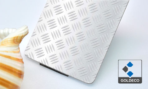 China Checkered Stainless Steel Sheet